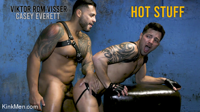 Hot Stuff: Viktor Rom Visser Stuffs Casey Everett's Ass RAW